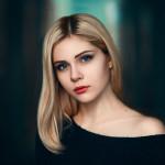 чувственные портреты девушек Владимира Гуляева
